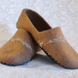 Mens wool house slippers brown grey alpaca felt – Jindabyne